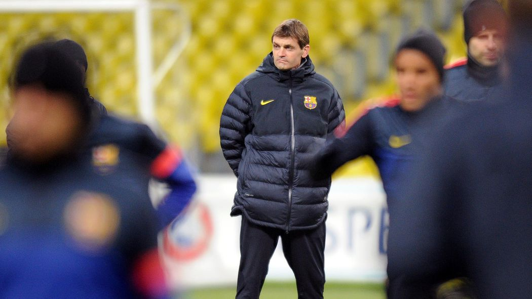 667009039 Barcelona mourn passing of Vilanova - Liga 2011-2012 - Football ...