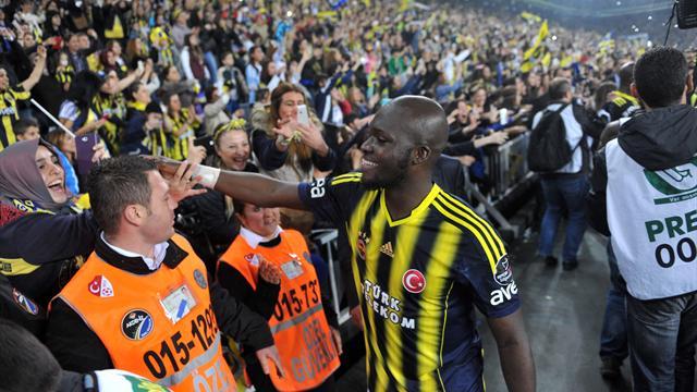 Fenerbahce seal 19th Turkish title