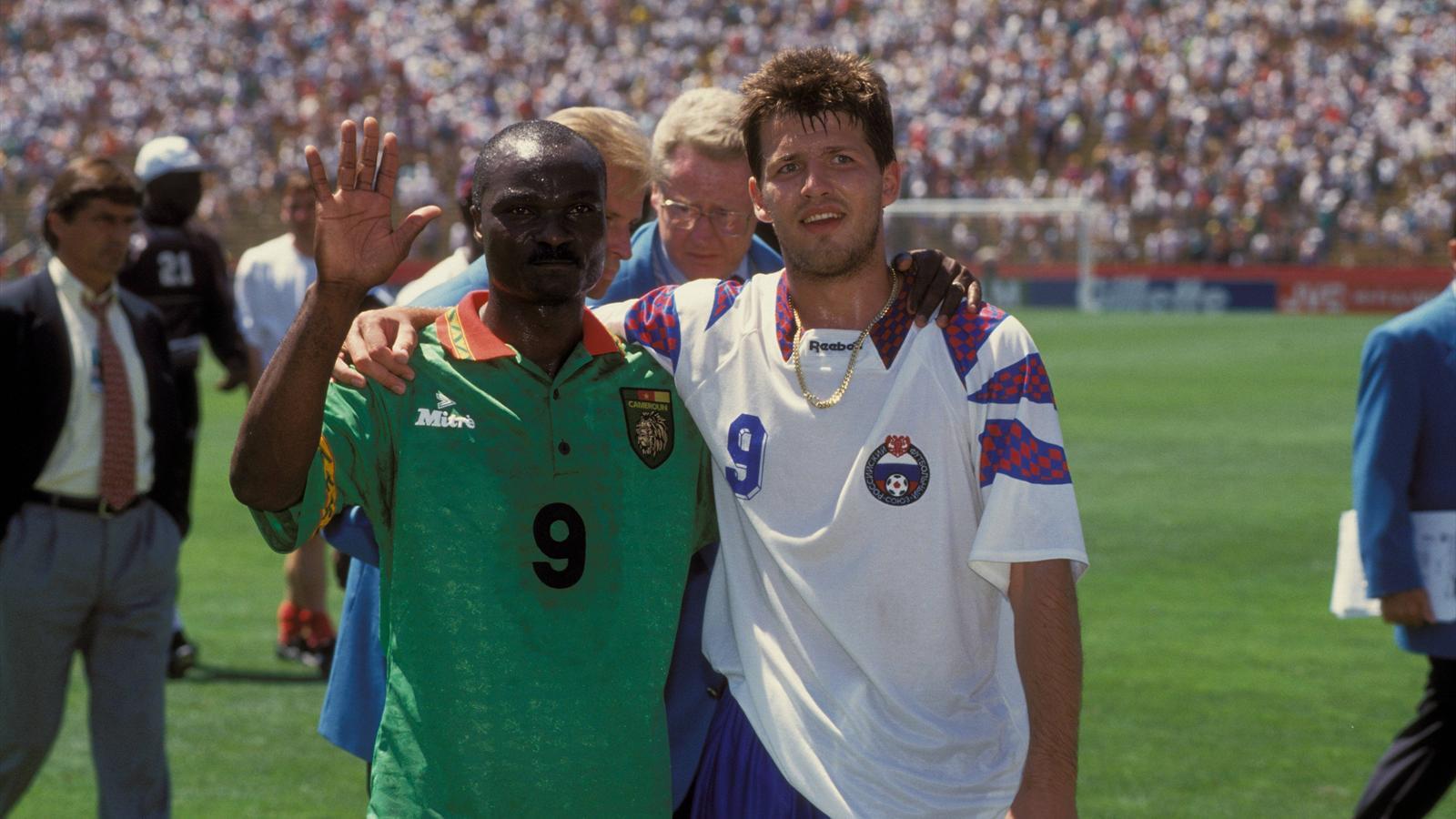 Oleg salenko a marqu 5 buts avec la russie contre le cameroun de roger milla lors de la coupe - Meilleur buteur coupe du monde 1994 ...