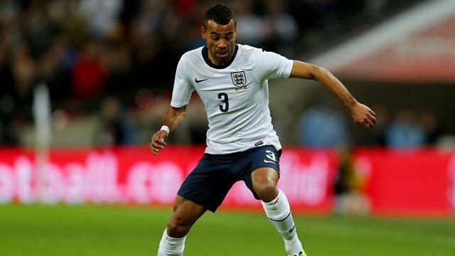 Коул завершил карьеру в сборной Англии