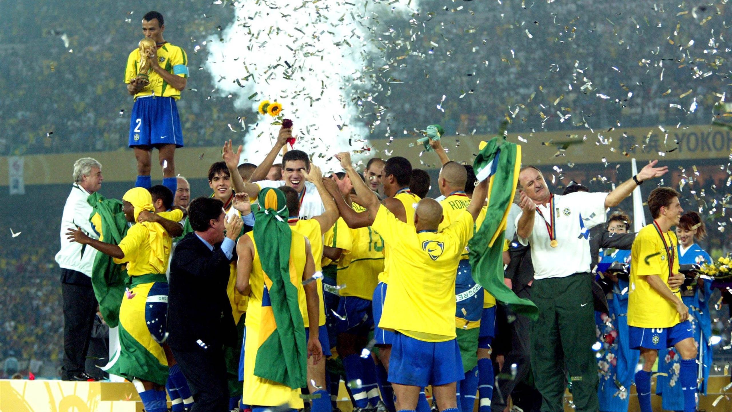 100 photos mythiques qui ont fait l 39 histoire de la coupe - Bresil coupe du monde 2002 ...