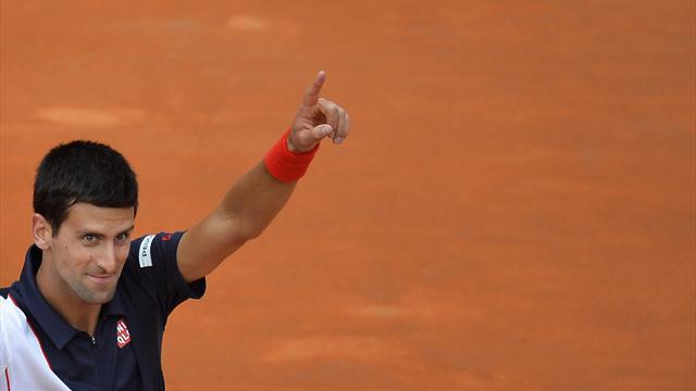 Djokovic s'avance vers Paris avec des galons de favori