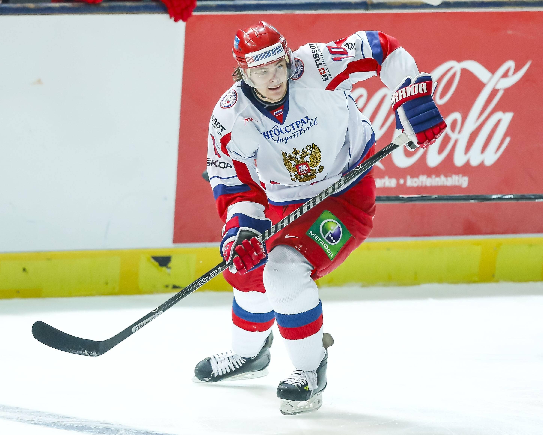 Виктор Тихонов, Россия