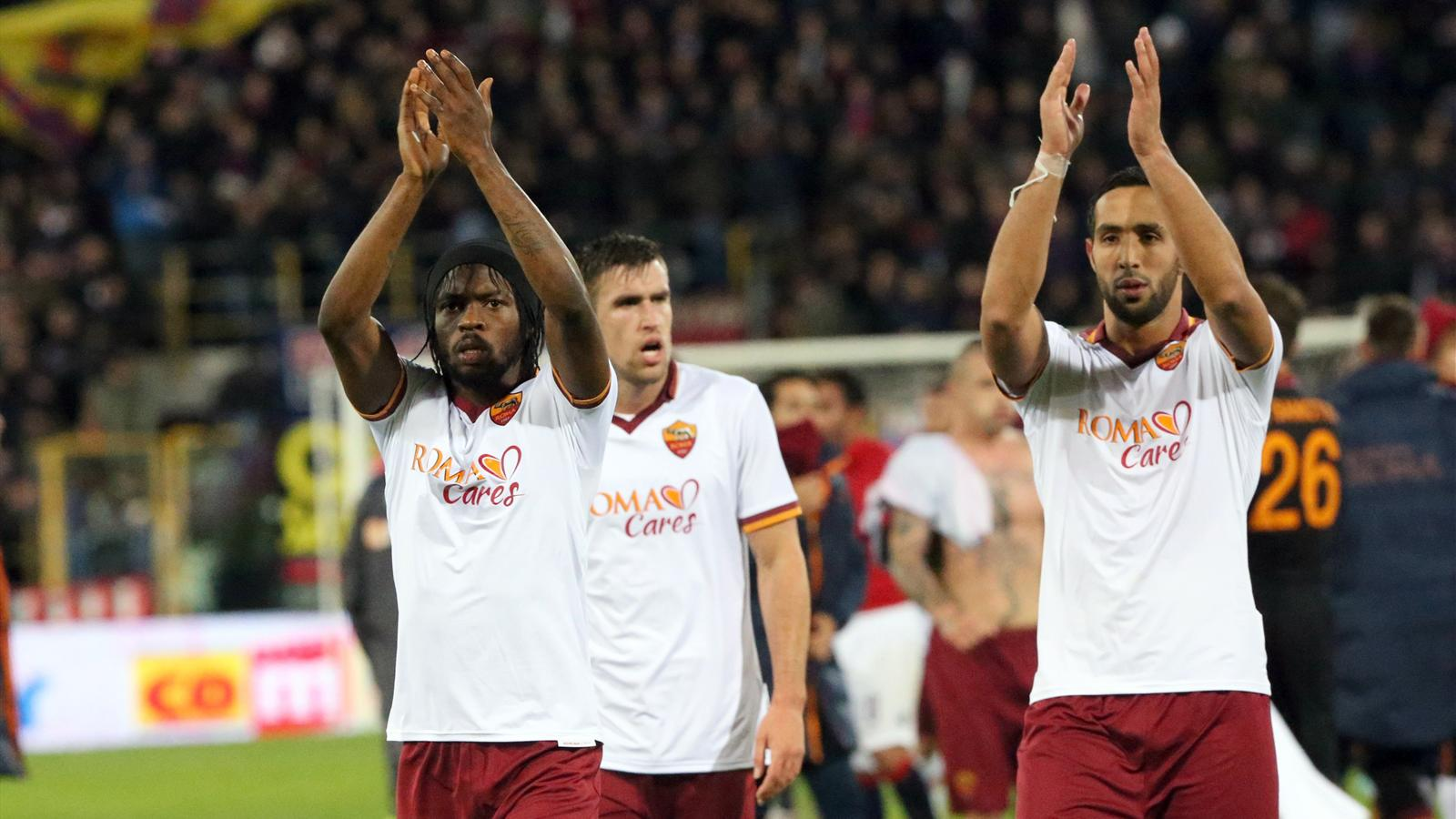 Gervinho et Mehdi Benatia fêtent une victoire de la Roma (saison 2013-2014)