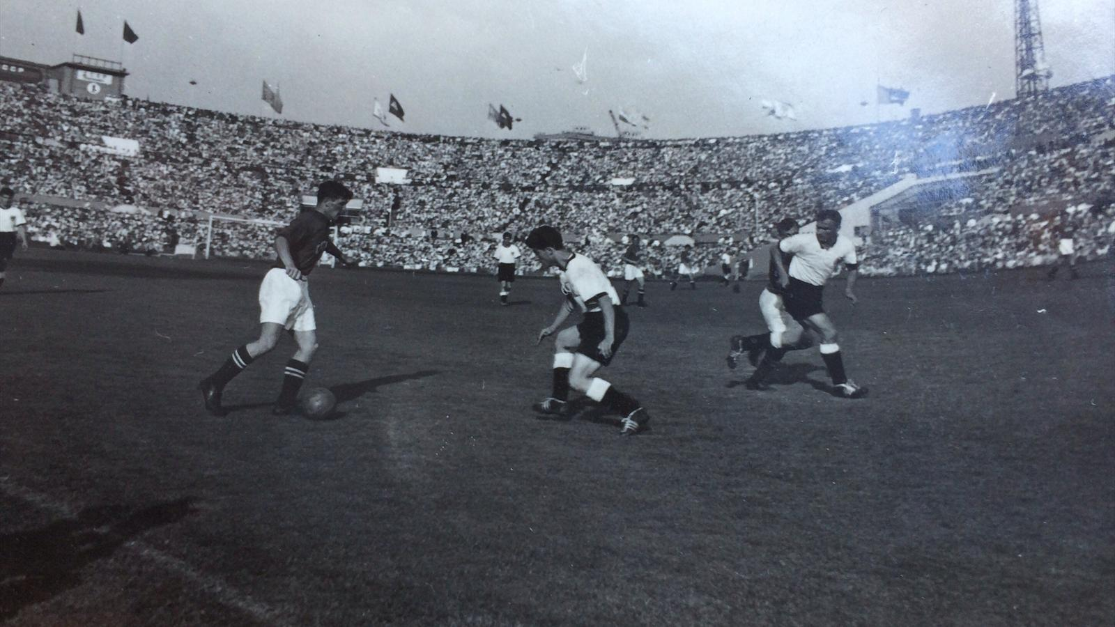 Анатолий Исаев в товарищеском матче СССР – ФРГ 21.08.1955