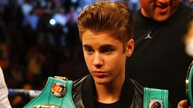 Джастин Бибер вызвал Тома Круза воктагон. Он ожидает реакции руководства UFC