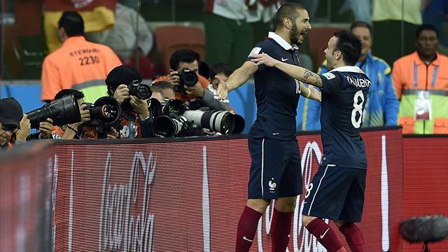 Vu de l'étranger : «L'équipe de France reflète une partie des problèmes de la société française»