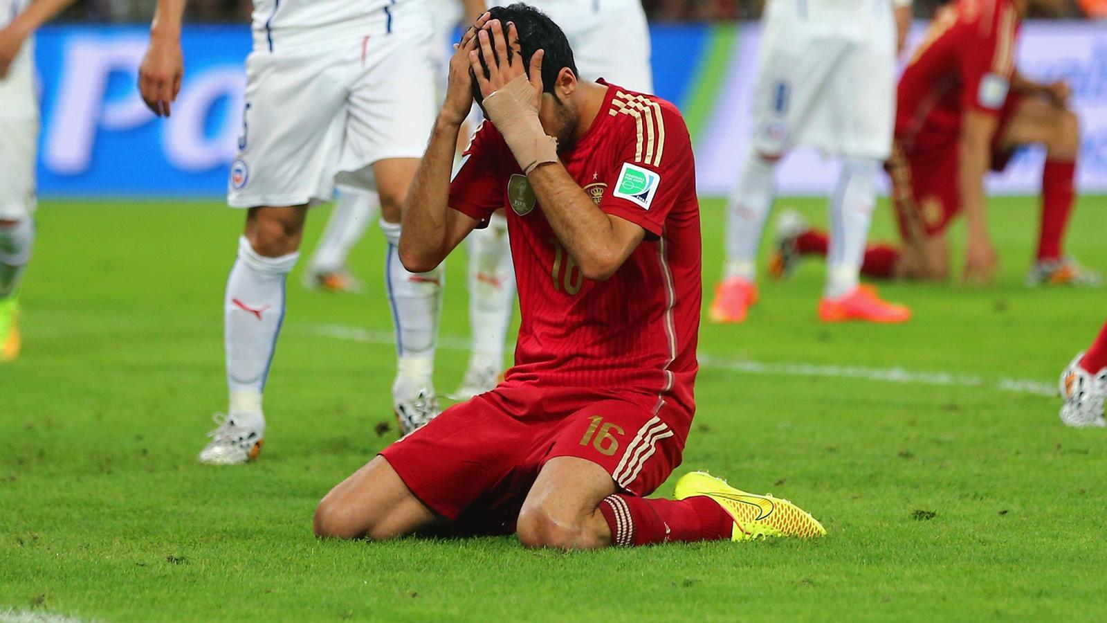 Coupe du monde 2014 elimin e au premier tour l 39 espagne entre encore dans l 39 histoire coupe - 1er coupe du monde de football ...