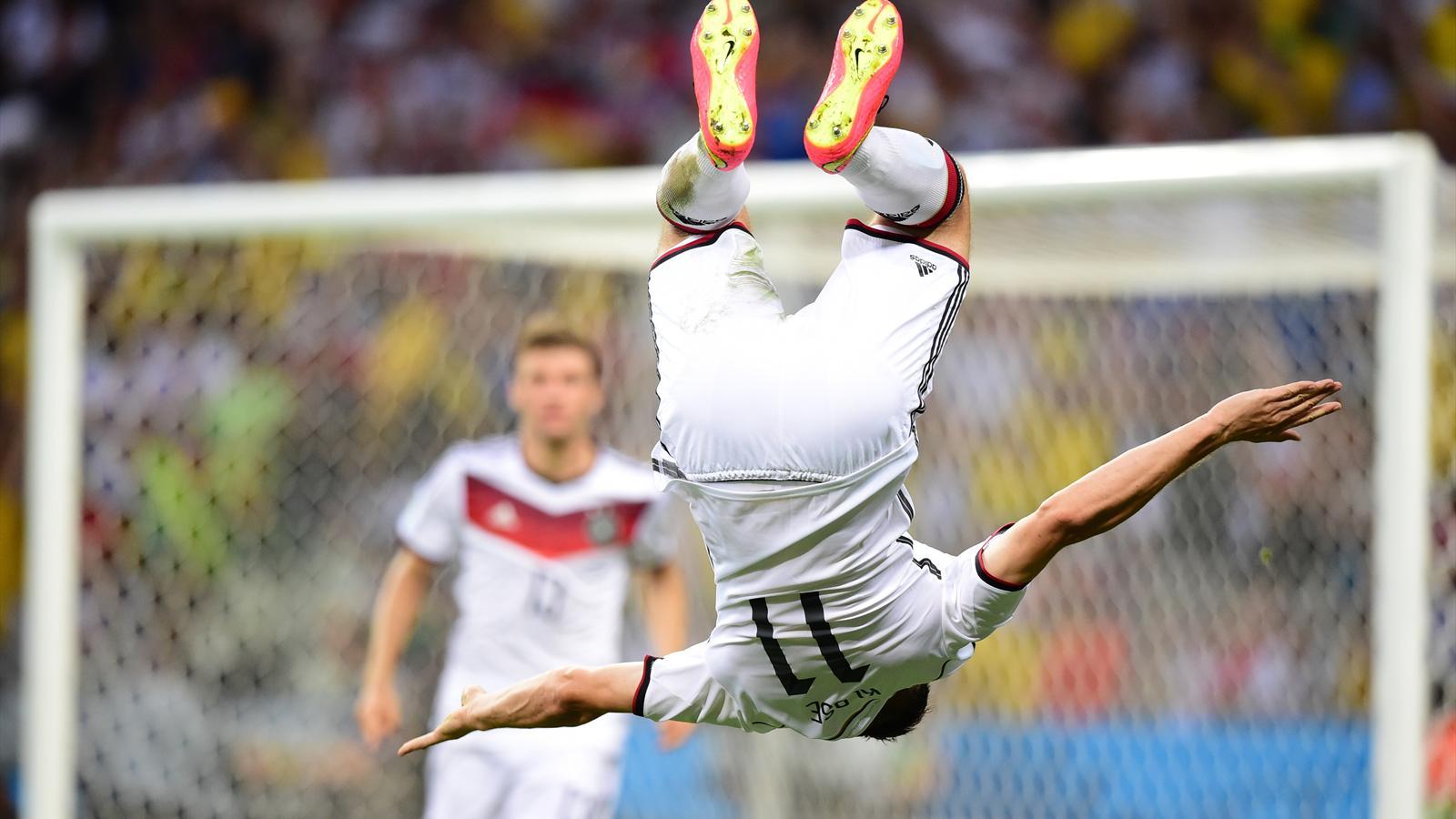 Miroslav Klose et son célèbre salto