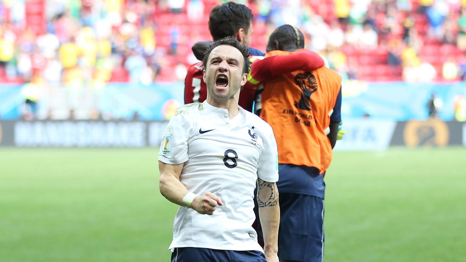 La joie de Mathieu Valbuena après France - Nigeria