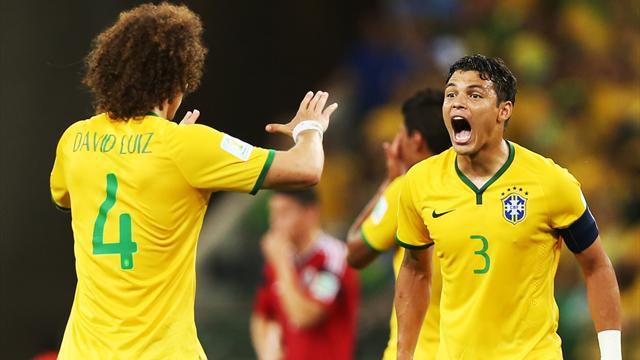 Ils n'ont pas brillé mais Thiago Silva et David Luiz sont dans le onze FIFA de l'année
