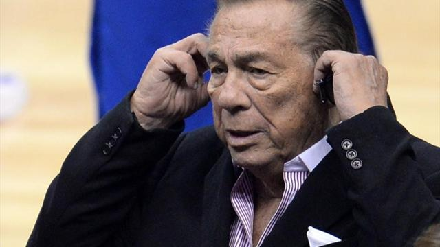 La vente des Clippers autorisée: Sterling perd une première bataille