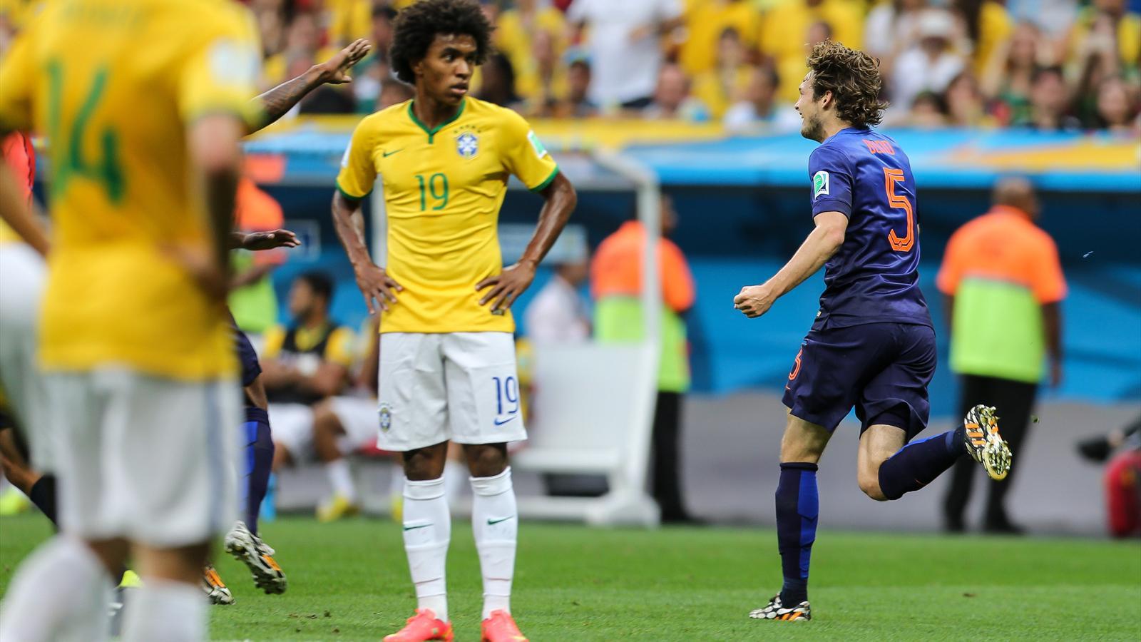 Les Pays-Bas battent le Brésil (3-0) et terminent à la 3e place
