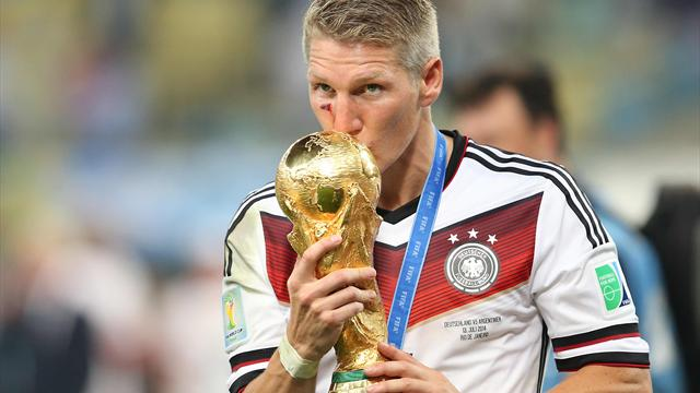 'The time has now come' - Schweinsteiger announces retirement