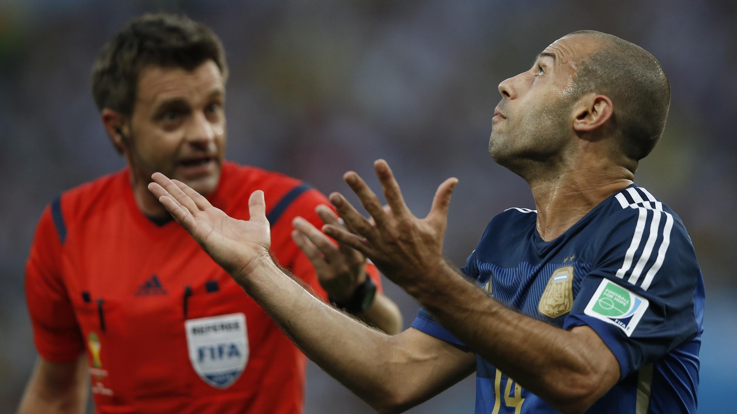 Nicola Rizzoli lors de la finale de la Coupe du monde 2014