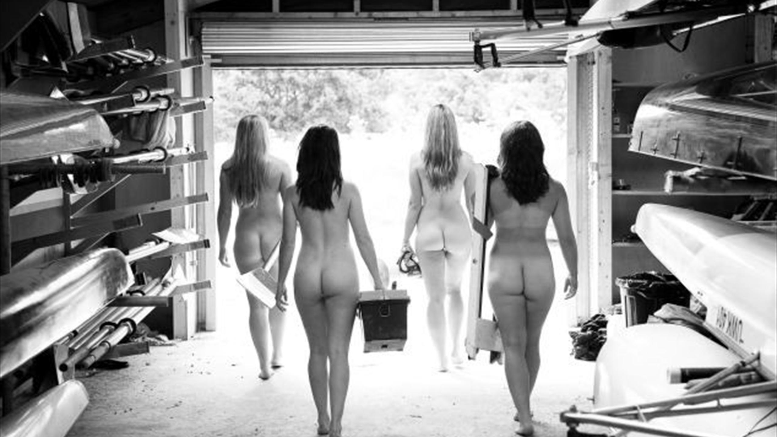 Почему девушки снимаются голыми 8 фотография