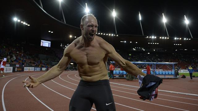 Чемпион Лондона-2012 потянулся ногой выключать свет, повредил спину и провалил Игры в Рио