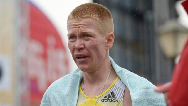 Реунков завоевал бронзу в марафоне