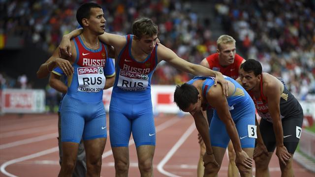 Российские бегуны завоевали серебро эстафеты 4х400 метров