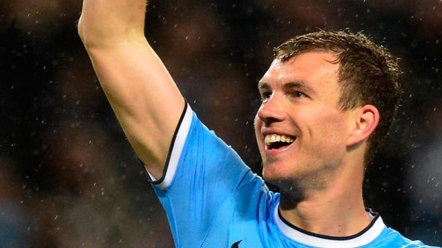 Verlängerte seinen Vertrag bei Manchester City: Edin Dzeko