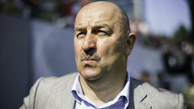 Черчесов: «Денисов сказал, что не считает меня за тренера и человека»