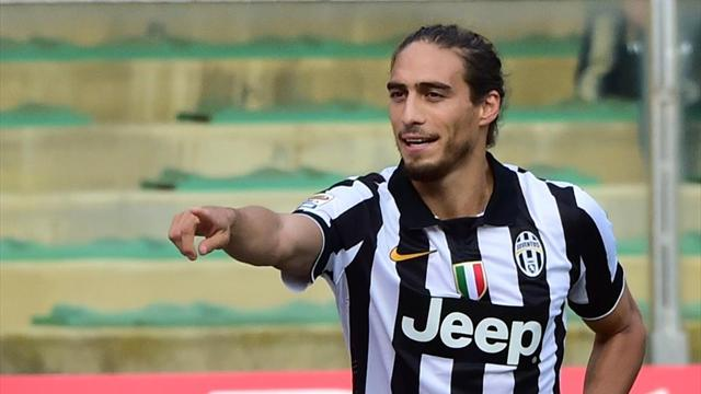 Injury keeps Martin Caceres out of Uruguay's Copa America squad