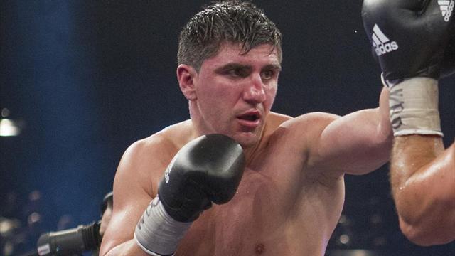 Марко Хук в 13-й раз защитил титул WBO