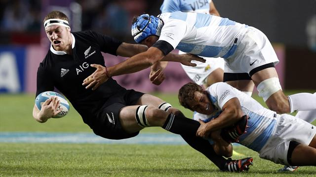 Retallick, Crockett lose race to recover from injury