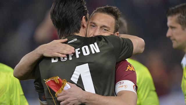 """La lettera di Totti a Buffon: """"Per te ci sarò sempre, se hai bisogno fammi uno squillo"""""""