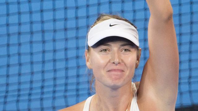 Une Sharapova expéditive face à Ivanovic rejoint Kvitova en finale à Pekin