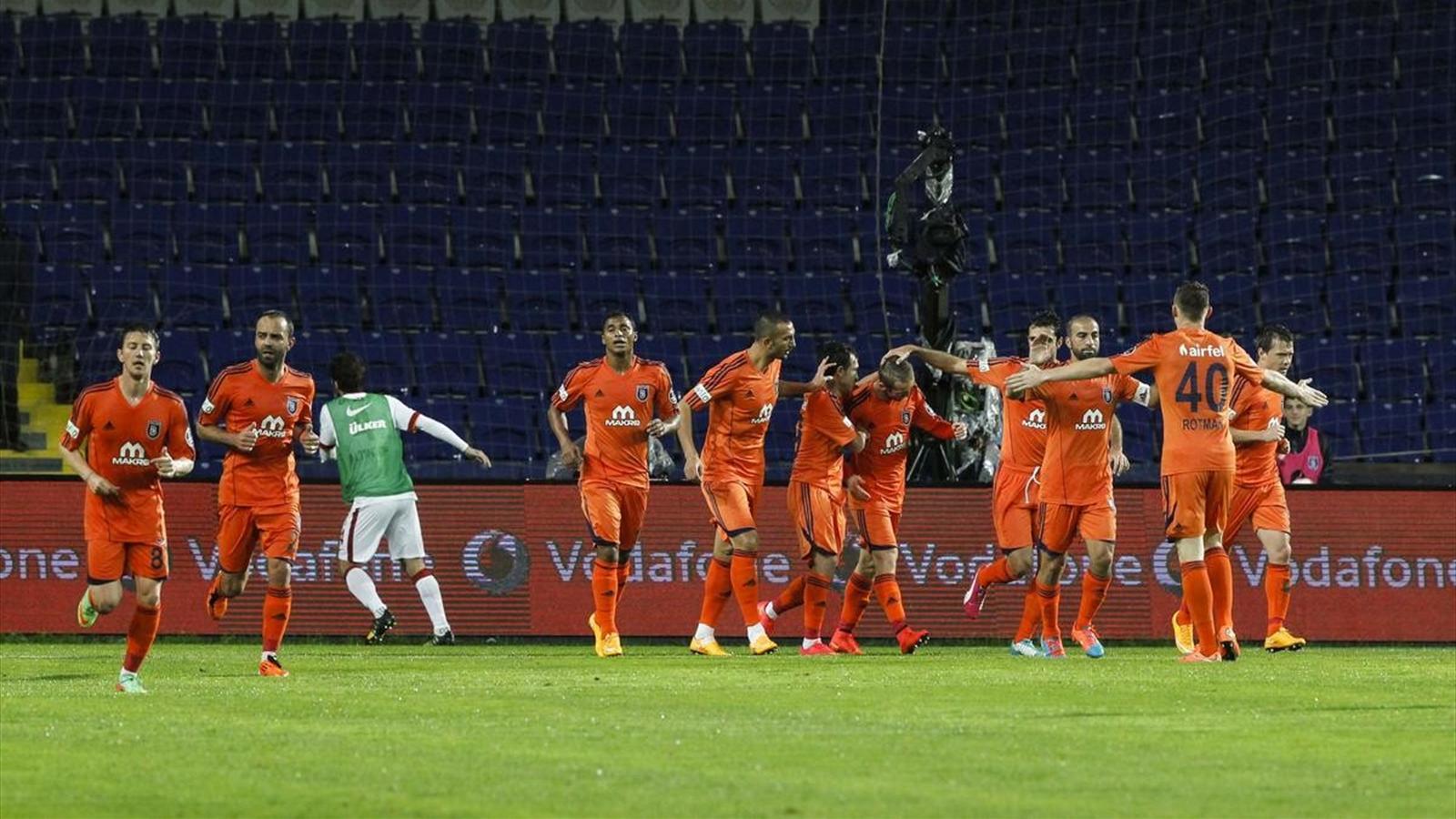 Video: İstanbul Basaksehir vs Galatasaray
