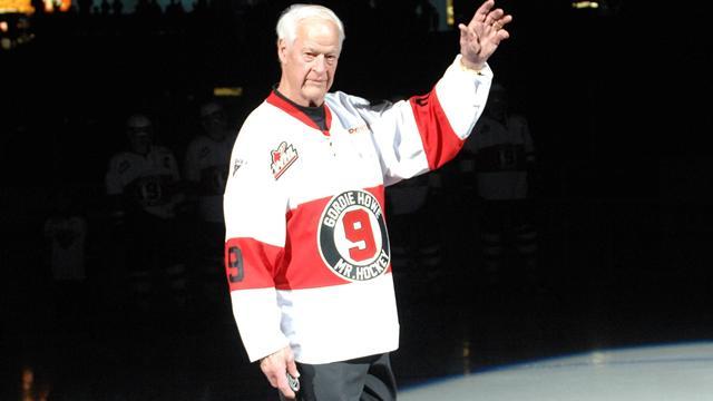 Hall of Famer Gordie Howe dies at age 88 - reports