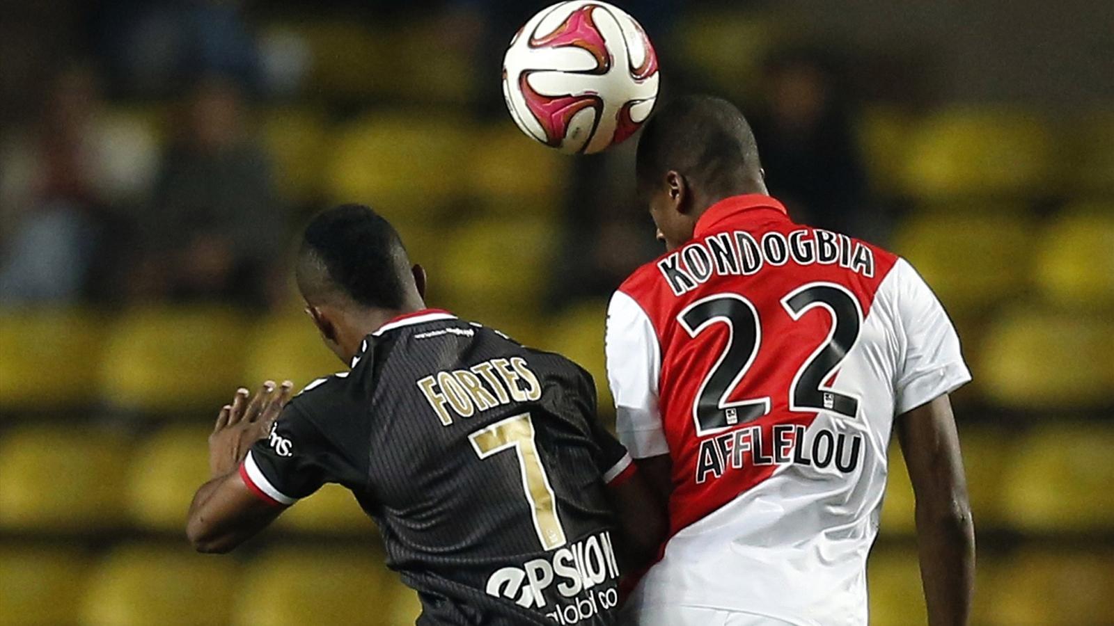 Kondogbia (Monaco) face à Reims.