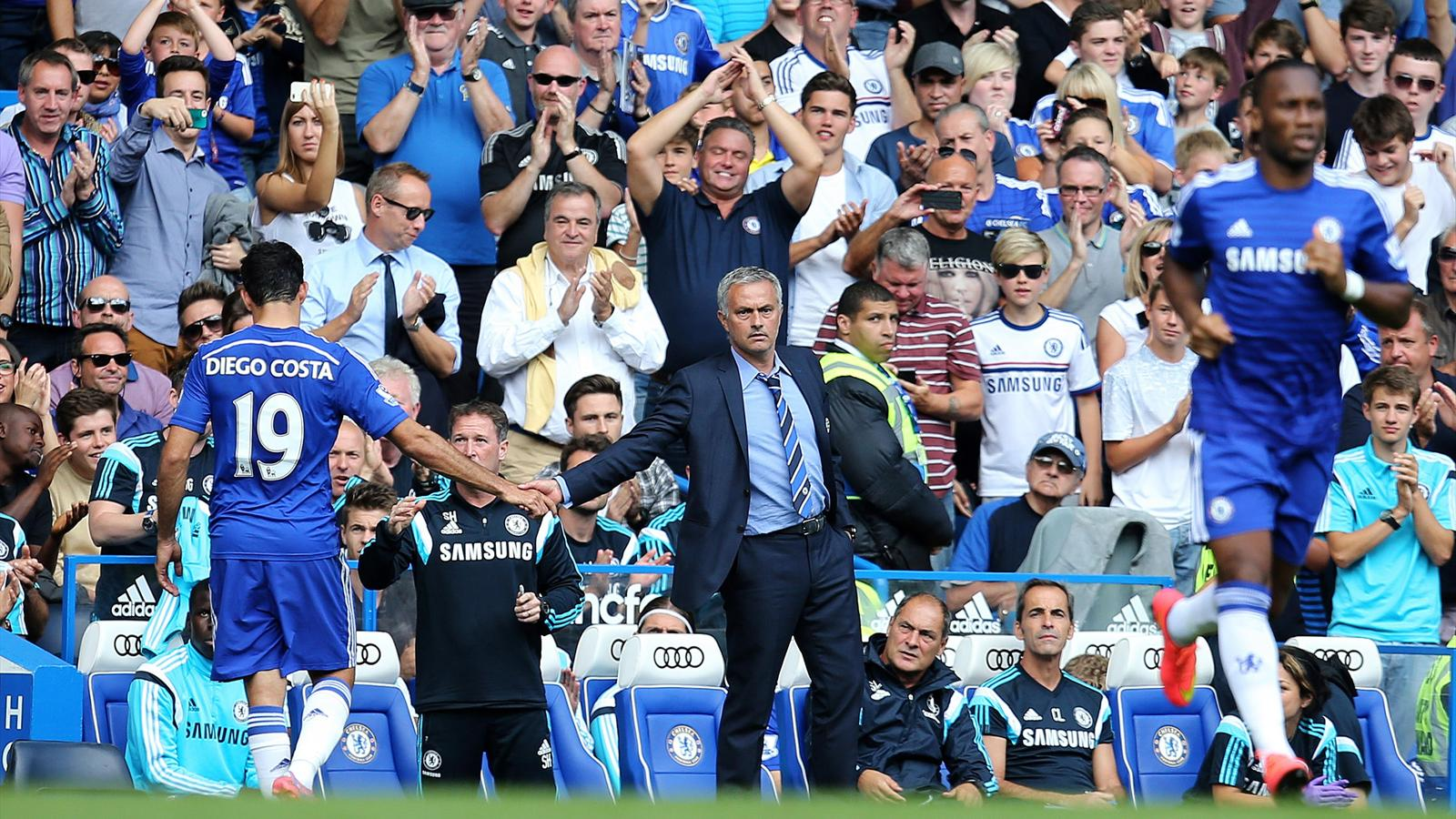 Mourinho tape dans la main de Diego Costa, Didier Drogba prend le relais