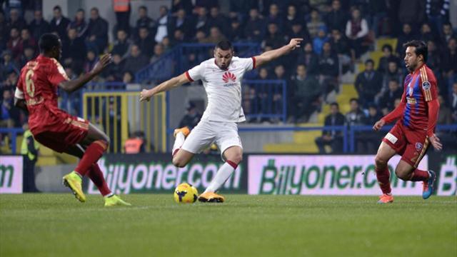 Karabükspor-Galatasaray: 1-2   MAÇ ÖZETİ
