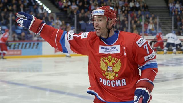 Шестёркин заменит Сорокина вворотах сборной Российской Федерации вматче Евротура счехами