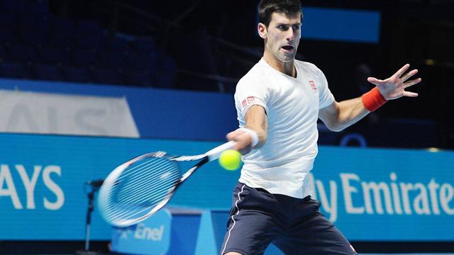 Djokovic debuta con victoria ante Cilic