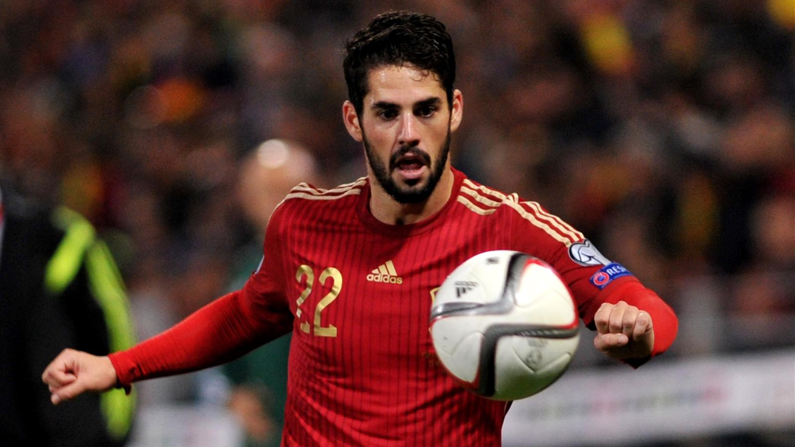 Spain S Messiah Isco Keeping Feet On The Ground Euro