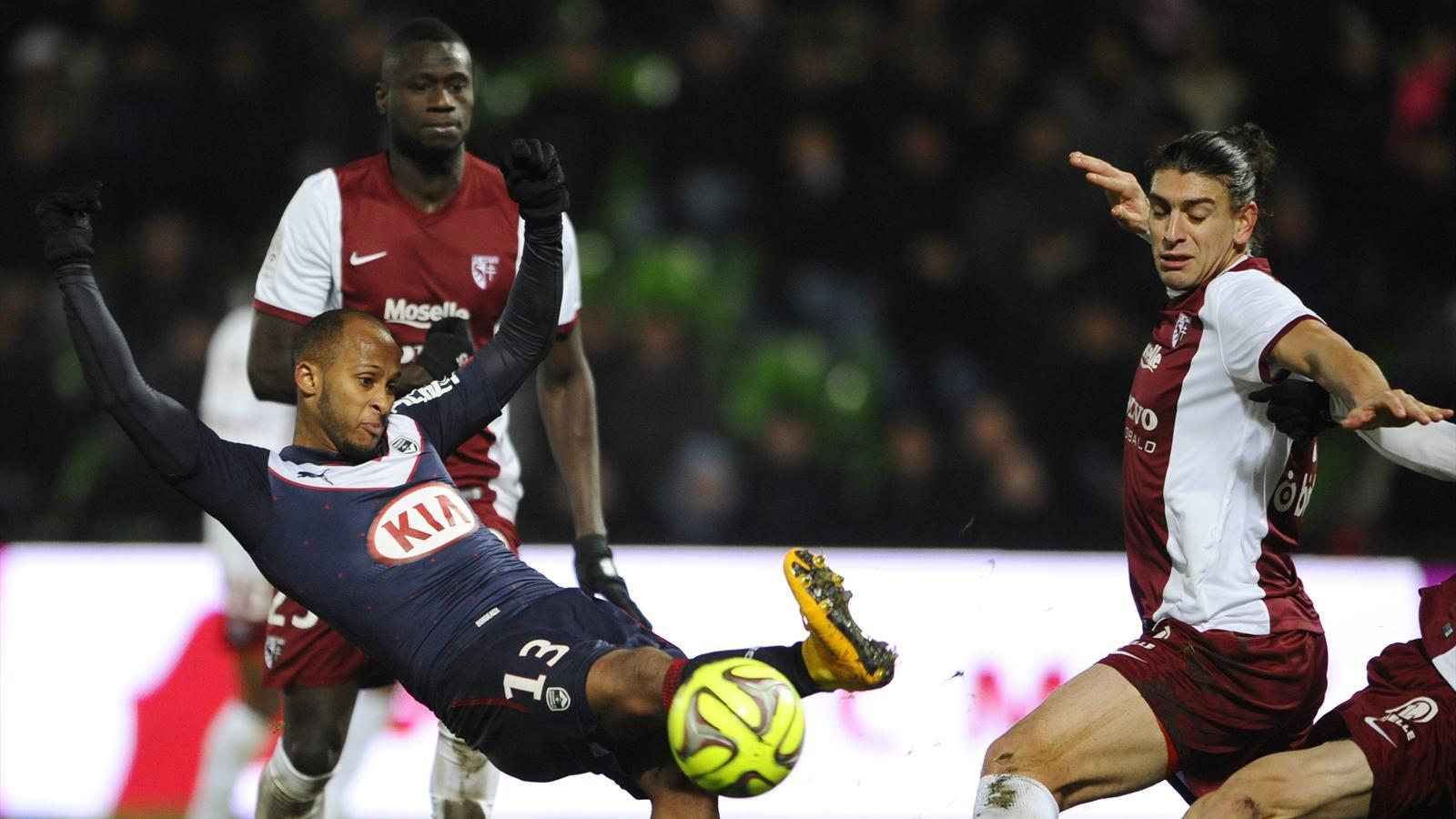 Tropiezos de Marsella y PSG para avivar la Ligue 1