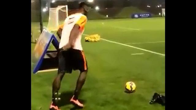 La maravilla de Pogba en el entrenamiento de la Juve