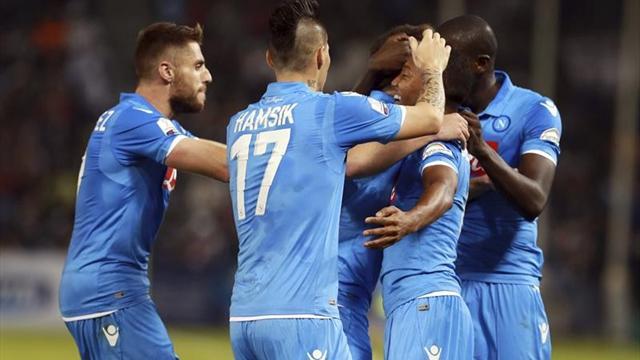 Serie A, Roma-Nápoles: Un doblete de Mertens pone en sobreaviso al Real Madrid (1-2)