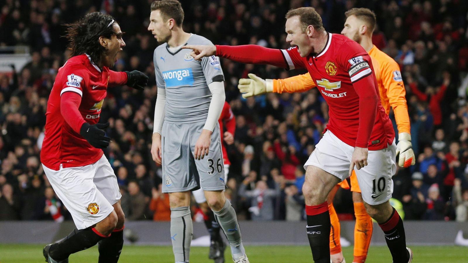 Wayne Rooney et Radamel Falcao.