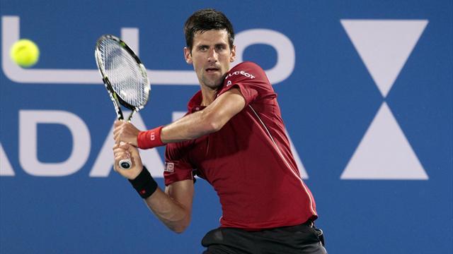 Un Djokovic fi�vreux d�clare forfait et offre la victoire � Murray