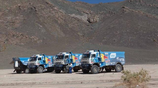 «КАМАЗ» Сотникова возглавил классификацию фургонов на«Дакаре»