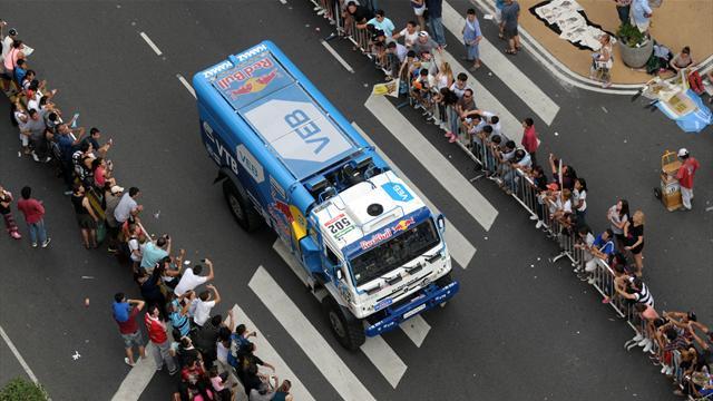 Экипаж Эдуарда Николаева одержал победу 11-й этап «Дакара»