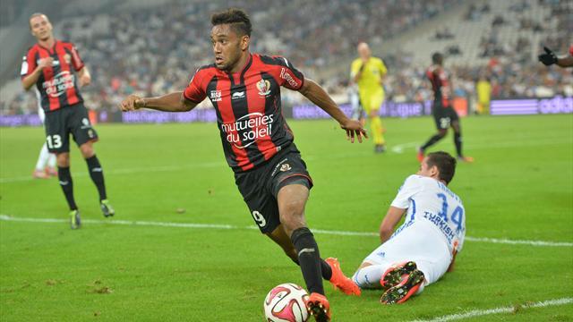 La force de frappe anglaise a encore frappé : Amavi signe à Aston Villa
