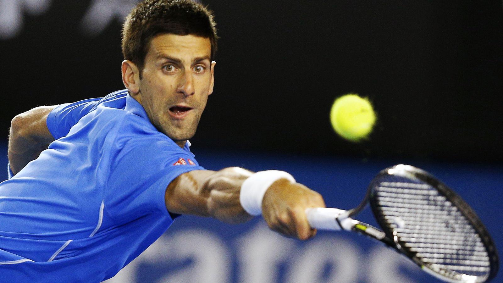 Djokovic y Serena avanzan a semifinales del Abierto de Australia
