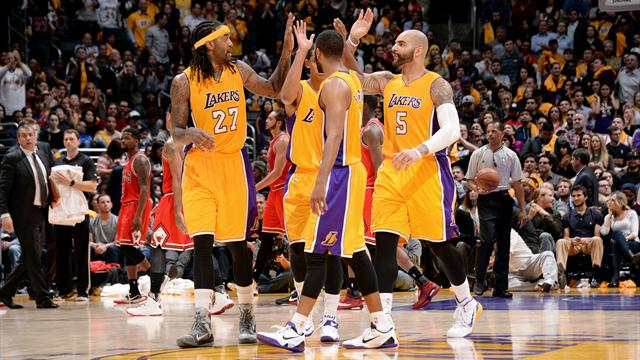 Au bout du suspense, les Lakers s'offrent Chicago et stoppent l'h�morragie