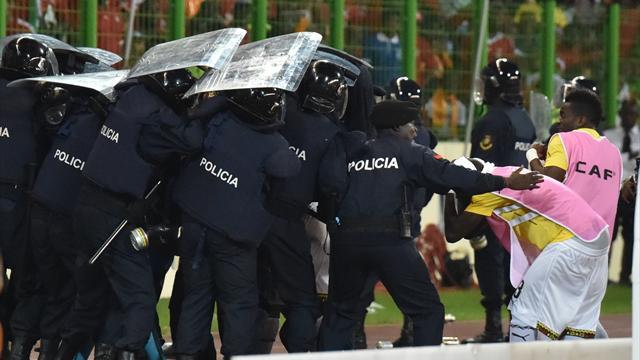 Gana - Ekvator Ginesi maçında olay çıktı