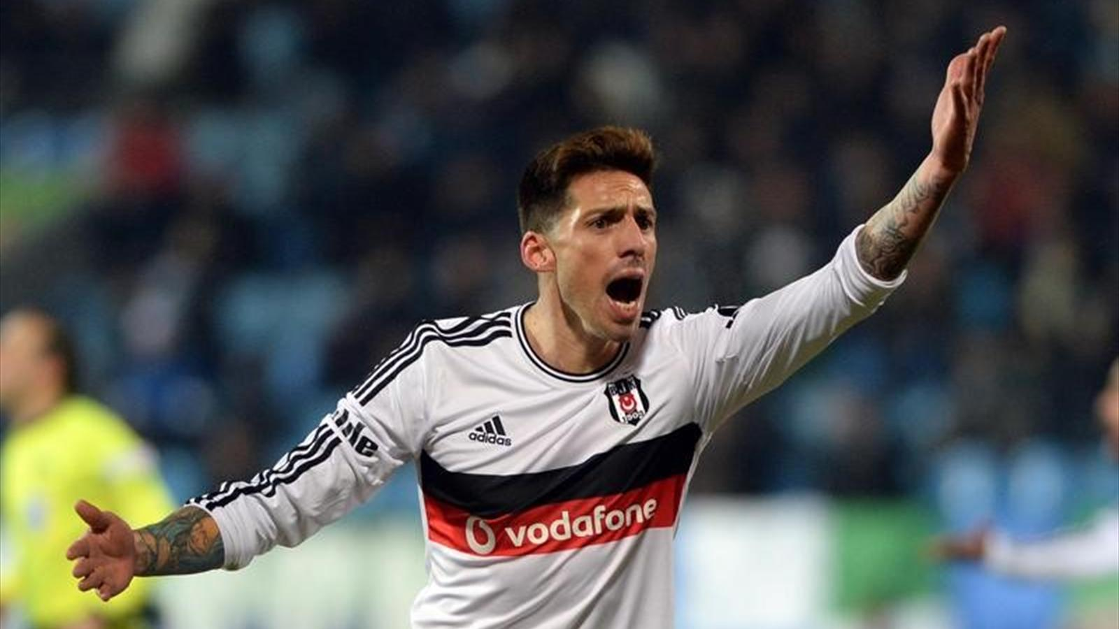 Beşiktaş'ın yıldızı Sosa'dan büyük fedakarlık